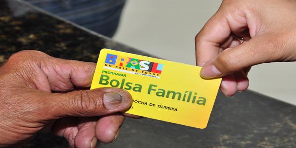 Pagamento do 13º do Bolsa Família está garantido, diz porta-voz 1