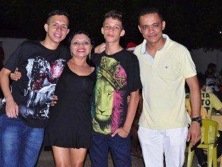 Lava Jato e Boteco Acquabox comemora 1º aniversário; fotos! 32