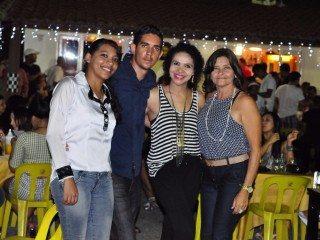 Lava Jato e Boteco Acquabox comemora 1º aniversário; fotos! 30