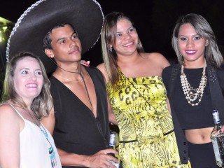 Lava Jato e Boteco Acquabox comemora 1º aniversário; fotos! 18