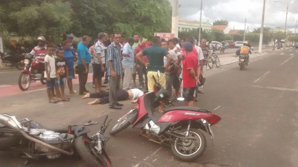 Acidente entre motos deixa motociclista ferido em Oeiras 8