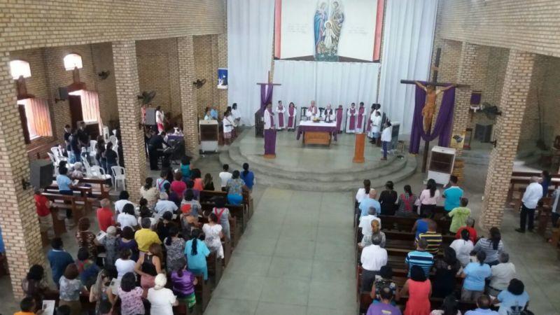 Missa na Quarta-feira de Cinzas marca início da Quaresma da Sagrada Família 8