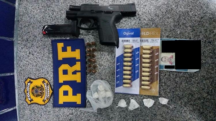 PRF flagra motorista transportando arma e cocaína em Campo Maior 5