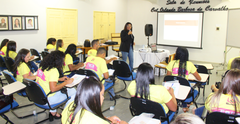 Grupo Ótica Bela Vista realiza treinamento com colaboradores. 1
