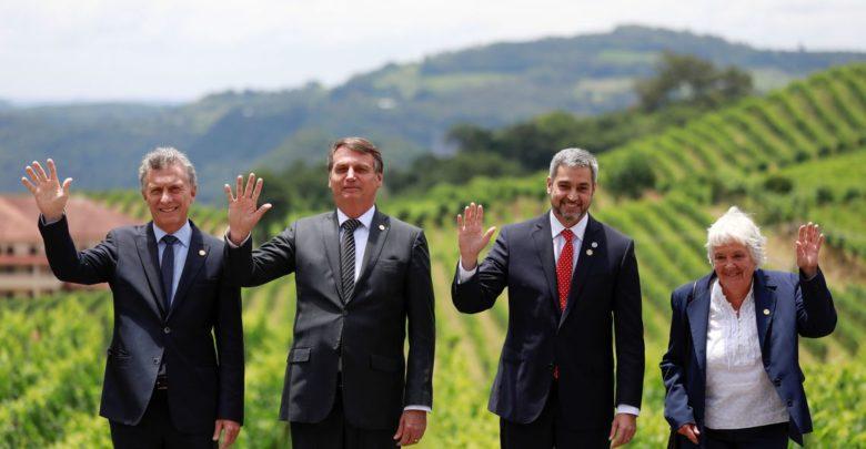 Bolsonaro passa presidência do Mercosul para o Paraguai 1