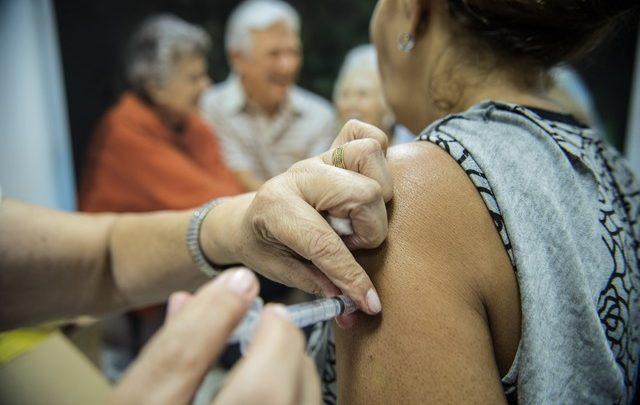 Quem tem a partir de 55 anos poderá tomar vacina contra gripe em 2020 1