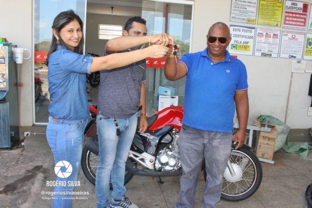 Posto Leme realiza sorteio de uma Moto Fan 160 0 km e outros prêmios em seu 2° aniversário ; Confira os ganhadores 22