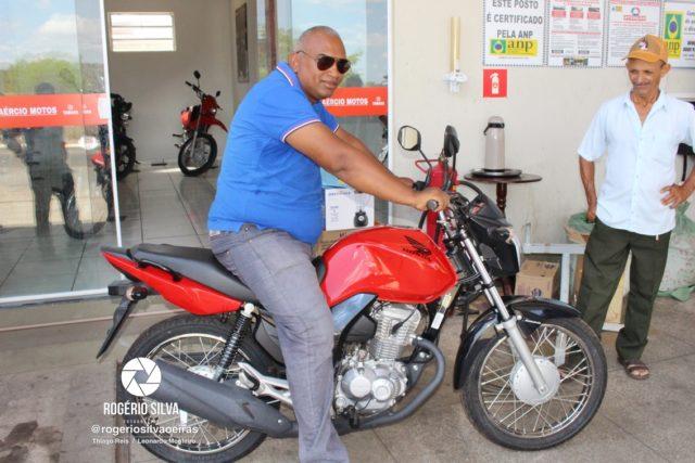 Posto Leme realiza sorteio de uma Moto Fan 160 0 km e outros prêmios em seu 2° aniversário ; Confira os ganhadores 27