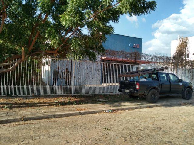 OAB-Oeiras recebe técnicos da CSA para decidir se vão ou não demolir o edifício 2