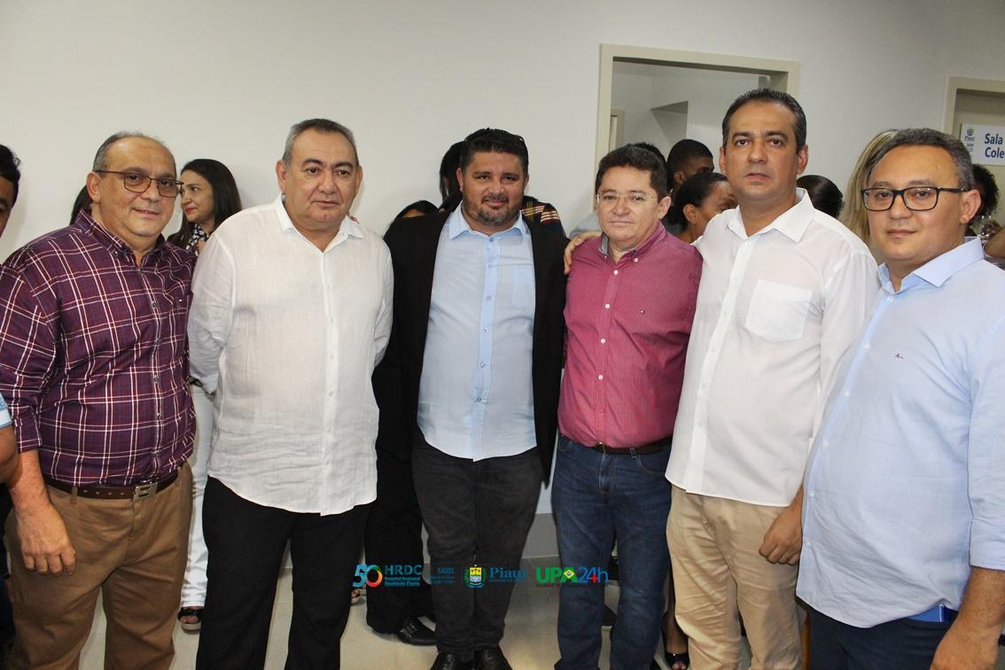 Governador do Piauí inaugura reforma do Ambulatório do Hospital Regional de Oeiras 45