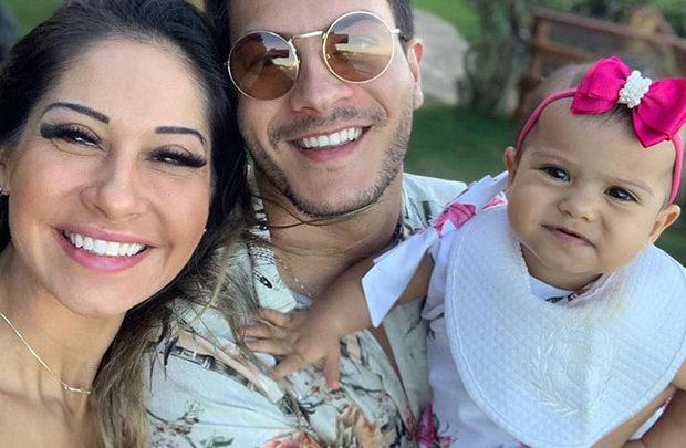 Mayra Cardi e Arthur Aguiar dão carro de R$ 100 mil para babá da filha 1