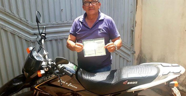Motociclista recebe multa por não usar cinto de segurança no Piauí 1