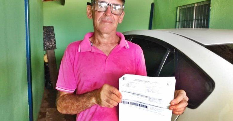 Lavrador é multado pelo Detran por conduzir carro sem capacete no Norte do Piauí 1