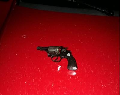 Polícia Militar prende homem por porte ilegal de arma em Santa Cruz do Piauí 1