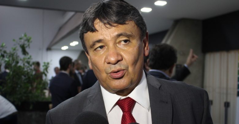 Wellington Dias anuncia corte de pontos de professores em greve no Piauí 1