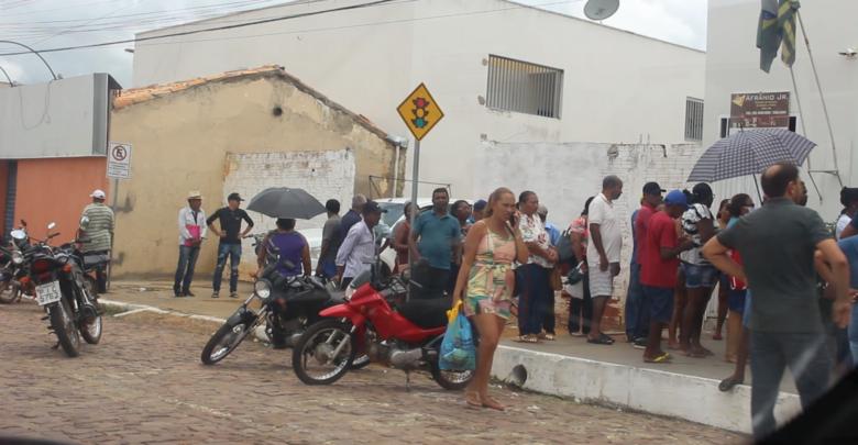 População oeirense desobedece as recomendações de isolamento social 6