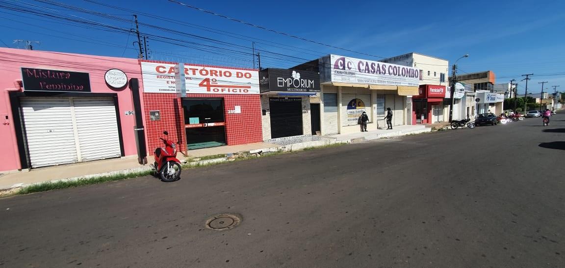Vigilância Sanitária de Oeiras e Polícia Militar realizam fiscalizações em veículos de transporte de passageiros e comércios 4