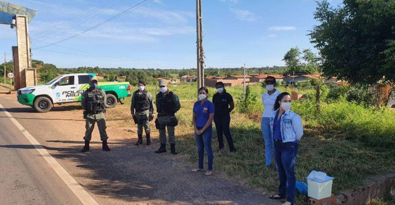 Vigilância Sanitária de Oeiras e Polícia Militar realizam fiscalizações em veículos de transporte de passageiros e comércios 1