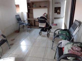 Criminosos quebram janela de residência e furtam vários equipamentos em Oeiras 3