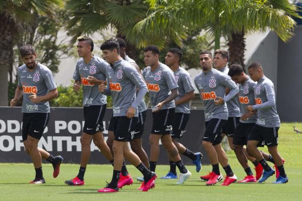 Corinthians não paga R$ 110 milhões em FGTS e Imposto de Renda; especialistas veem crime 1