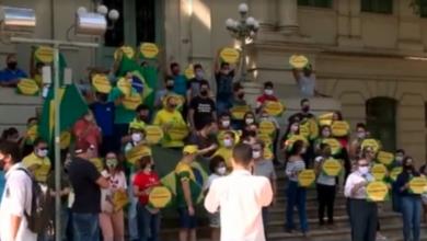 Empresários pedem reabertura das atividades econômicas em protesto e desrespeitam distanciamento em Teresina 3