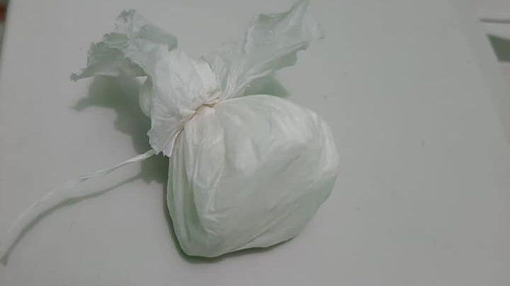 Polícia conduz suspeito portando cocaína para a delegacia regional de Oeiras 1