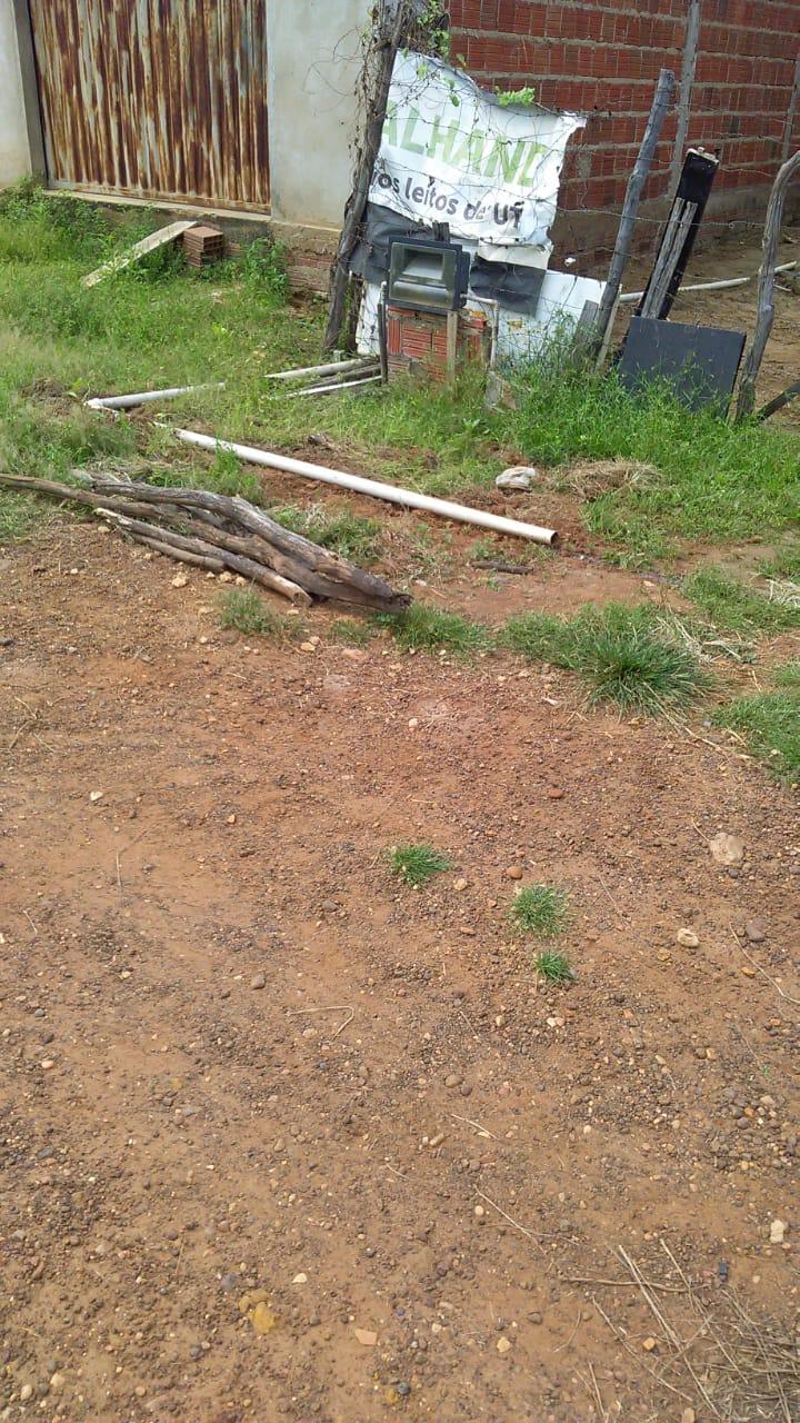 Moradores do Conjunto Raimundo Sá, bairro Uberaba reclamam das ações da construtora que irá realizar obra de pavimentação 8