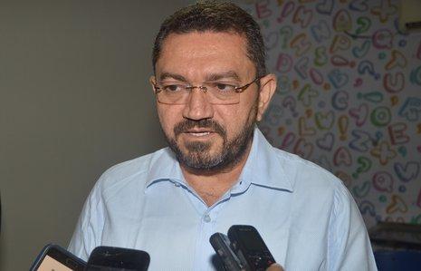 Picos: Padre Walmir é o 1º prefeito do Piauí a determinar reabertura do comércio 1