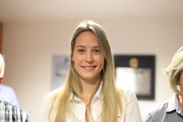 Vanessa Tapety aposta em oposição unida na disputa majoritária em Oeiras 1