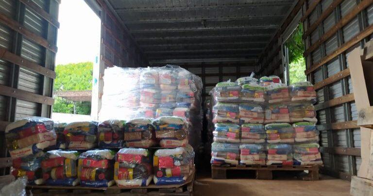 Em apoio a artistas piauienses Equatorial Piauí doa cerca de 10 toneladas de alimentos para projeto 1