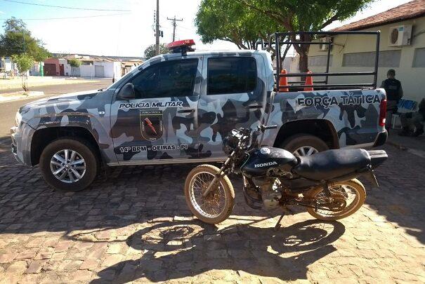 PM recupera moto roubada em Oeiras 1