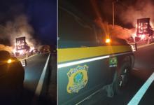 Carga de algodão é totalmente destruída após veículos pegarem fogo na BR 135 12