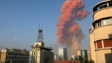 Uma grande explosão aconteceu na área portuária de Beirute no Líbano 4