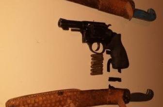 Homem armado tenta agredir a esposa em Oeiras 4