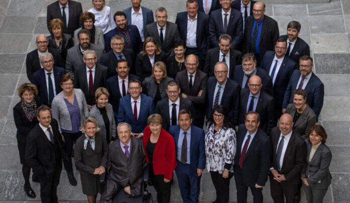 """Partido remove o termo """"cristão"""" para não perder votos, na Suiça 1"""