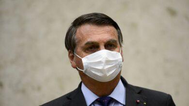 Bolsonaro veta perdão a dívidas de igrejas e sugere derrubada do veto 5