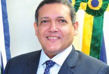 Bolsonaro escolhe juiz piauiense Kassio Nunes para vaga de ministro do STF 8