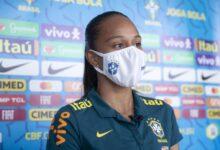 Piauiense Adriana celebra recomeço na seleção após lesão que a tirou da Copa 12