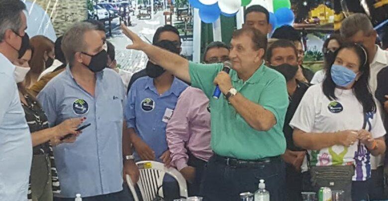 Mão Santa ataca Dom Juarez após manifesto contra Bolsonaro: 'era amigado com mulher' 1