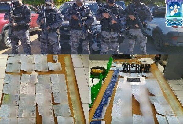 PM prende homens suspeitos de falsificação de documentos no Piauí 1