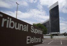Termina nesta quinta (1º) prazo para que candidatos solicitem seus registros à Justiça Eleitoral 16