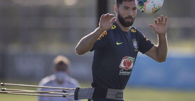 Seleção: Felipe e Diego Carlos são convocados para Eliminatórias 1