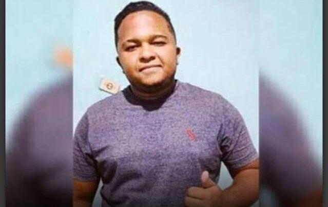 Familiares procuram por jovem que está desaparecido desde a noite de domingo 15/11 1