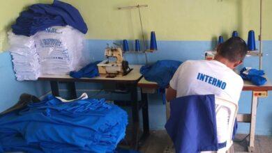 Reeducandos da Penitenciária produzem máscaras e uniformes em Floriano 3