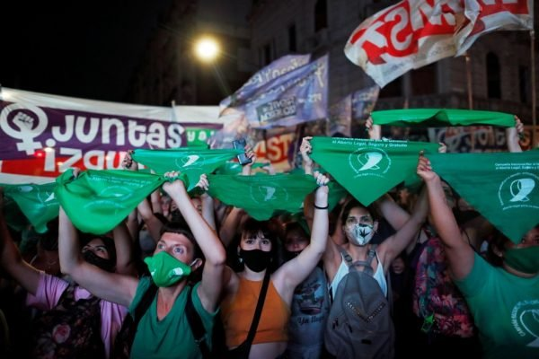 """Ativistas expõem o atraso do Brasil pelo aborto legal: """"Lidamos com casos brutais"""" 1"""