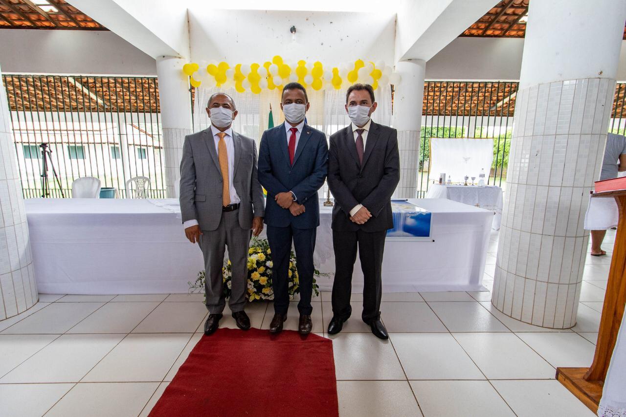 Novo prefeito de São Miguel do Fidalgo, Dr. Erimar e o vice Elves Dias são empossados 2