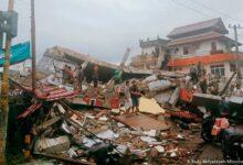 Terremoto causa desabamento de hospital na Indonésia 10