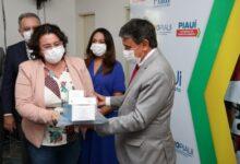 Governo do Piauí distribui insumos para vacinação contra a Covid-19 em municípios 9