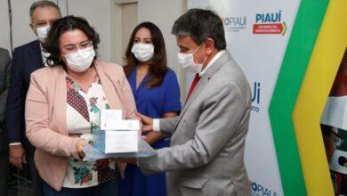 Governo do Piauí distribui insumos para vacinação contra a Covid-19 em municípios 3