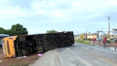Acidente na Bahia com ônibus que saiu do Piauí deixa cinco pessoas mortas 5